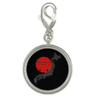 "Pechina redonda especial ""Japón"", fondo negro Dije"