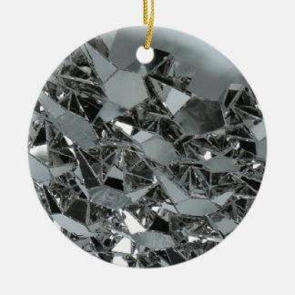 Pedazos rotos de cristal adorno navideño redondo de cerámica
