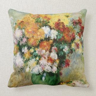 Pedro un ramo de Renoir el | de crisantemos Cojín Decorativo