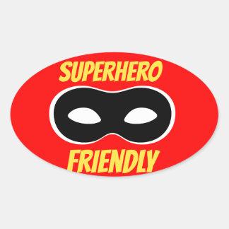 Pegatina amistoso del super héroe rojo