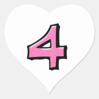 Pegatina blanco rosado del corazón del número 4 to