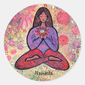 Pegatina cabelludo del chica de la yoga de Namaste
