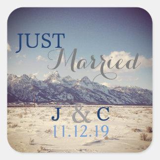 Pegatina Cuadrada Apenas boda casado del invierno de Teton