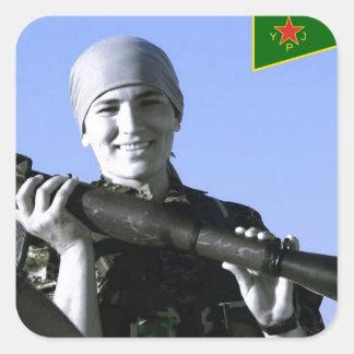 Pegatina Cuadrada Arte kurdo del combatiente 4 de YPJ