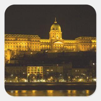 Pegatina Cuadrada Castillo Hungría Budapest de Buda en la noche