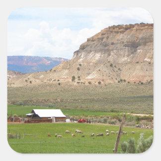 Pegatina Cuadrada Cultivo del país y de las colinas, Utah meridional