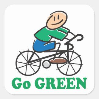 Pegatina Cuadrada El Día de la Tierra va verde