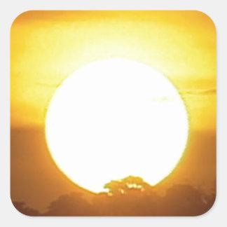 Pegatina Cuadrada el kground añade la puesta del sol CONOCIDA de la