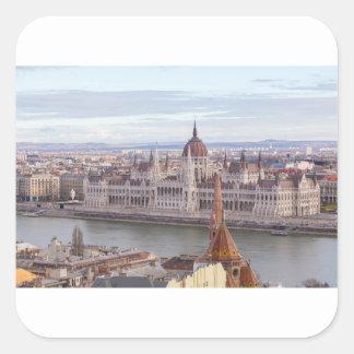 Pegatina Cuadrada El parlamento húngaro Budapest por día