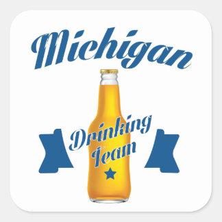 Pegatina Cuadrada Equipo de consumición de Michigan
