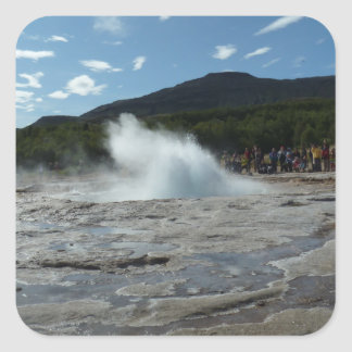 Pegatina Cuadrada Erupción del géiser en Islandia