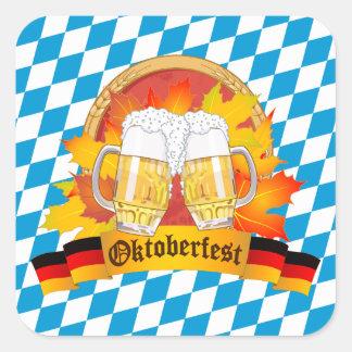Pegatina Cuadrada Festival alemán de la cerveza de Oktoberfest