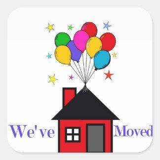 Pegatina Cuadrada Hemos movido el nuevo hogar
