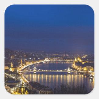 Pegatina Cuadrada Hungría Budapest en el panorama de la noche
