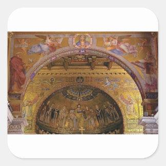 Pegatina Cuadrada iglesia adornada dentro