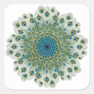 Pegatina Cuadrada Mandala colorida del pavo real masculino