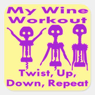 Pegatina Cuadrada Mi torsión del entrenamiento del vino para arriba