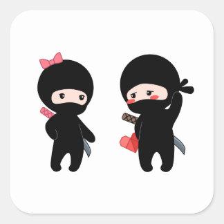 Pegatina Cuadrada Pares de Ninja, un muchacho y un chica