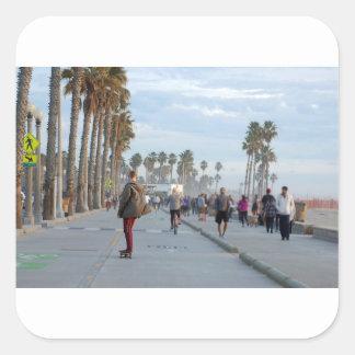 Pegatina Cuadrada patinaje a la playa de Venecia