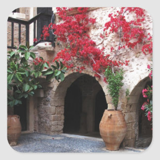 Pegatina Cuadrada Patio CRETA GRECIA de la iglesia del monasterio de