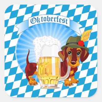 Pegatina Cuadrada Perro de la cerveza de Oktoberfest