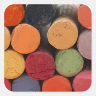 Pegatina Cuadrada piense en color