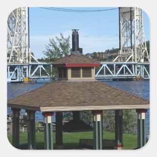 Pegatina Cuadrada Puente de elevación del lago Portage