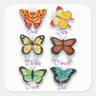 Pegatina Cuadrada Seis mariposas artsy coloridas con palabras del