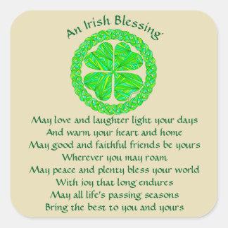 Pegatina Cuadrada Trébol irlandés del Celtic de la bendición de Z