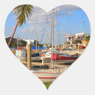 Pegatina En Forma De Corazón Barcos en el puerto deportivo, Darwin, Australia
