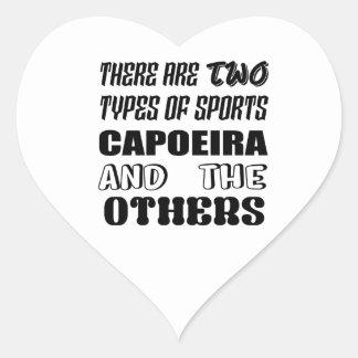 Pegatina En Forma De Corazón Hay dos tipos de deportes Capoeira y otros