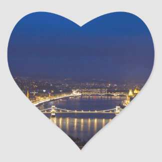 Pegatina En Forma De Corazón Hungría Budapest en el panorama de la noche