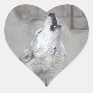 Pegatina En Forma De Corazón Lobo gris del grito