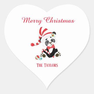 Pegatina En Forma De Corazón Navidad que espera de la panda alegre para