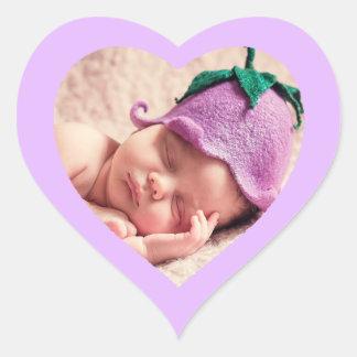 Pegatina en forma de corazón púrpura lindo de