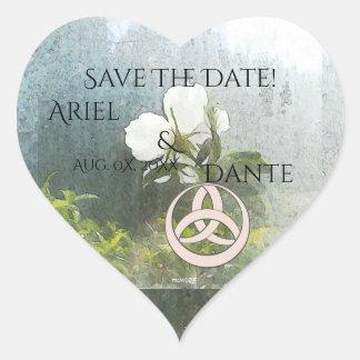Pegatina En Forma De Corazón Rosa blanco salvaje Triquetra Handfasting Ste