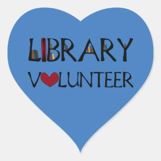 Pegatina En Forma De Corazón Voluntario de la biblioteca - elija el color