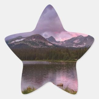 Pegatina En Forma De Estrella Cielo lluvioso tempestuoso de la puesta del sol de