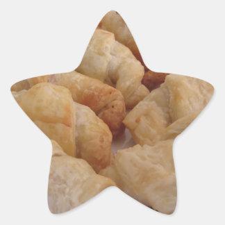 Pegatina En Forma De Estrella Pequeños croissants salados hechos en casa