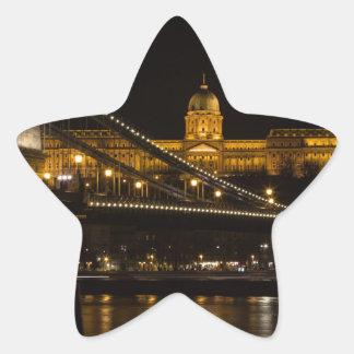 Pegatina En Forma De Estrella Puente de cadena con el castillo Hungría Budapest