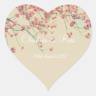 Pegatina floral del boda del corazón del cerezo
