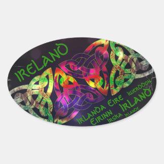 Pegatina Ovalada Bordador, Irlanda, nudo celta, de colores