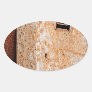 Pegatina Ovalada Buzón oxidado al aire libre