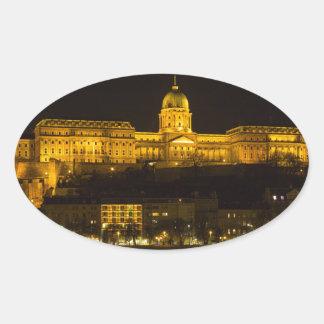 Pegatina Ovalada Castillo Hungría Budapest de Buda en la noche