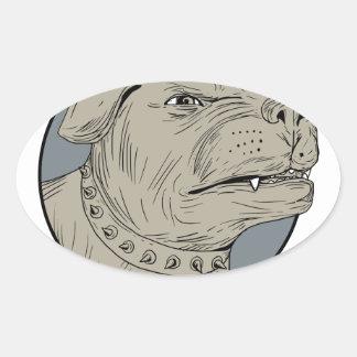 Pegatina Ovalada Dibujo agresivo de la cabeza de perro guardián de