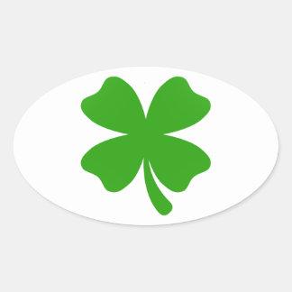 Pegatina Ovalada emoji del trébol de los patricks del st
