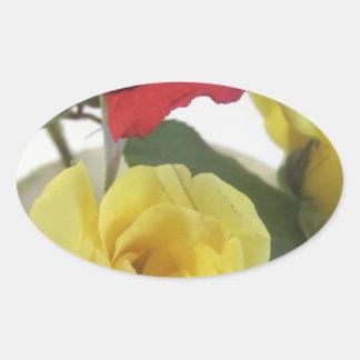 Pegatina Ovalada Rosas amarillos y rojos