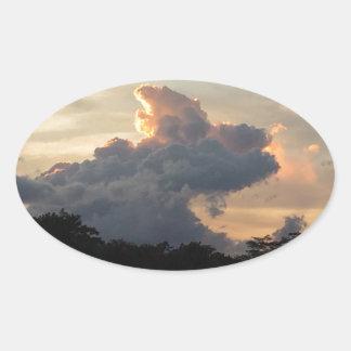 Pegatina Ovalada Tiburón de la nube