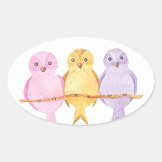 Pegatina Ovalada trío de los búhos de la acuarela