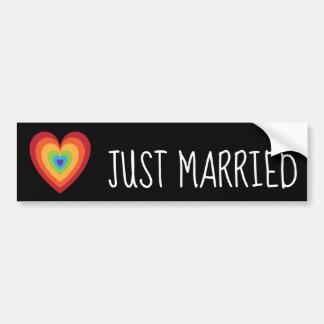 Pegatina Para Coche Apenas corazón retro casado del arco iris para